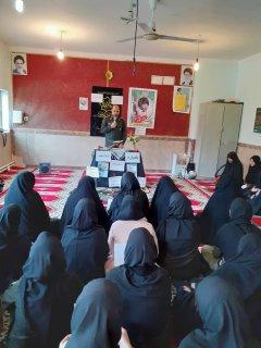 برگزاری مراسمات شهادت سردار در مدارس توسط مبلغین مدرسه وائمه جماعت